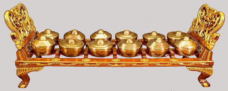 contoh alat musik gamelan