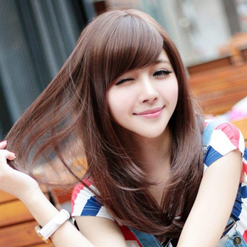 model rambut shaggy panjang